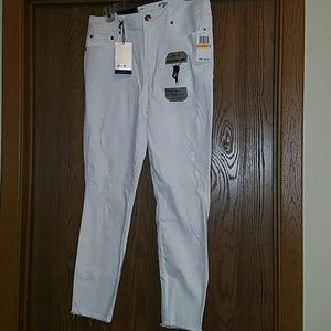 White denim ankle jeans